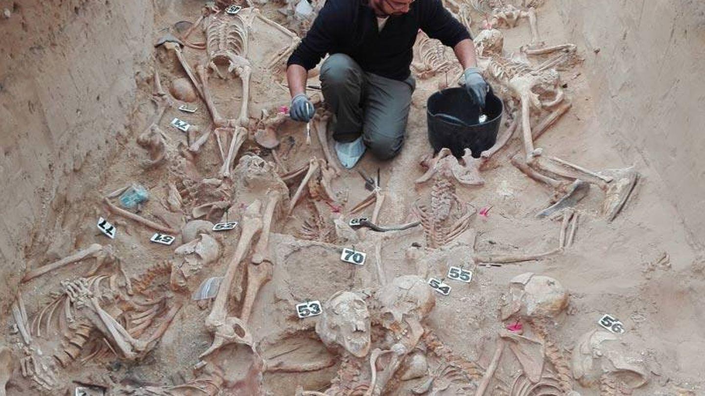 Fosa común en el cementerio de Puerto Real (Cádiz).
