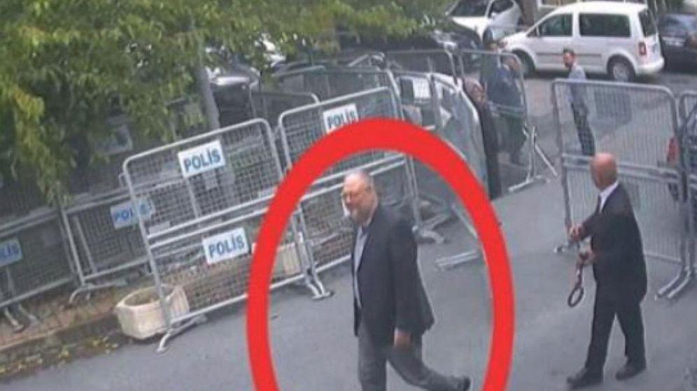 Foto: Khashoggi a su llegada al consulado de Arabia Saudí en Estambul. (Reuters)