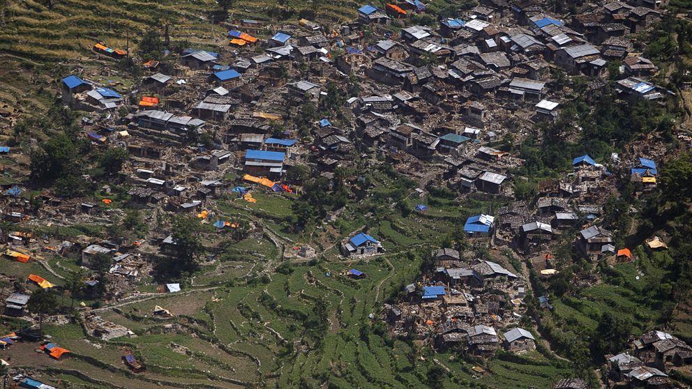 Un pueblo devastado por el terremoto de Nepal, zona de búsqueda de siete españoles