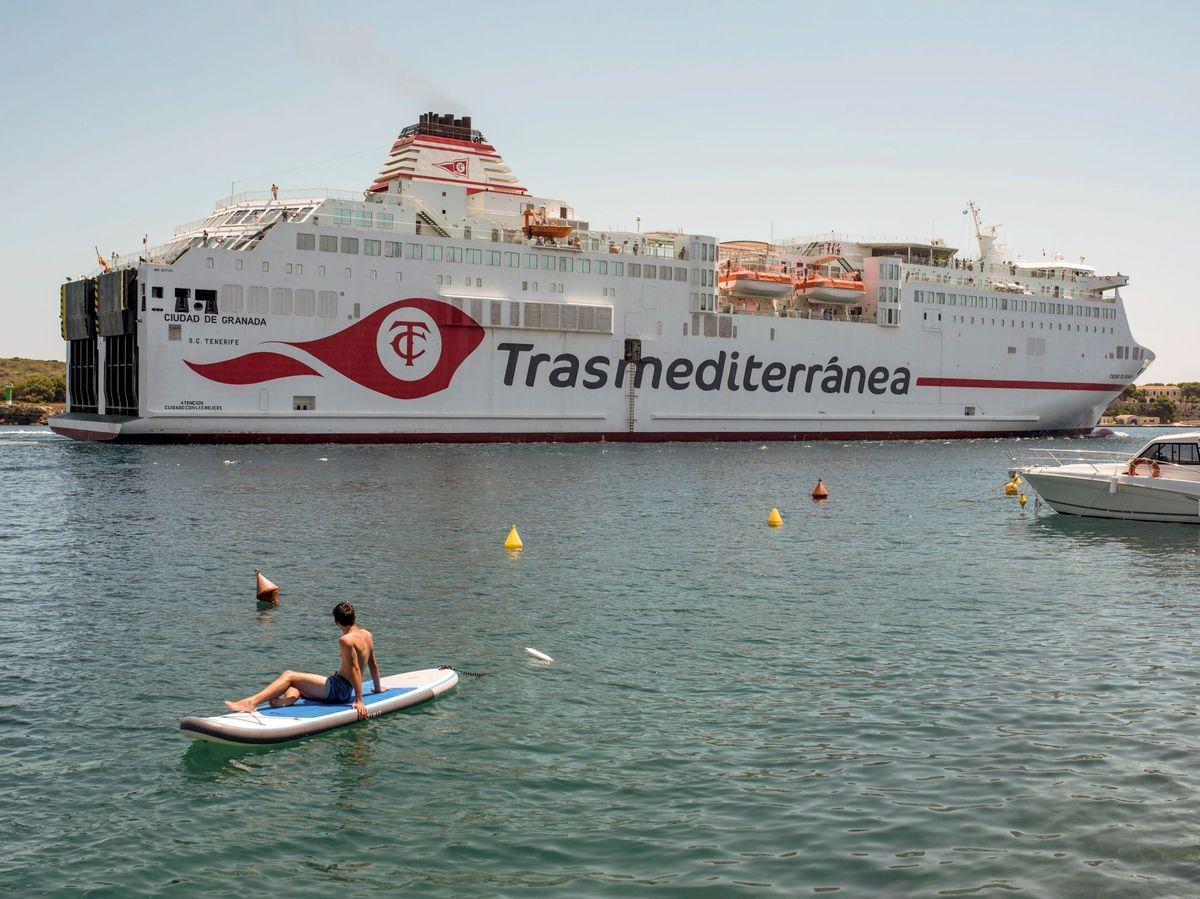 Foto: Un buque de Trasmediterránea. (EFE)
