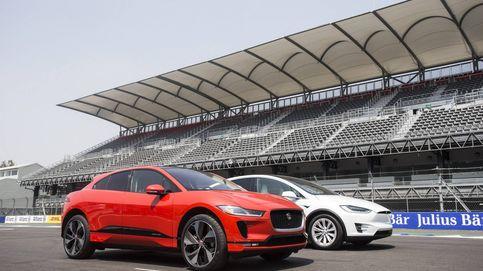 Seis coches eléctricos que superan los 400 km de autonomía como los Tesla