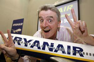 Ryanair continúa en internet su guerra en favor de los asientos verticales