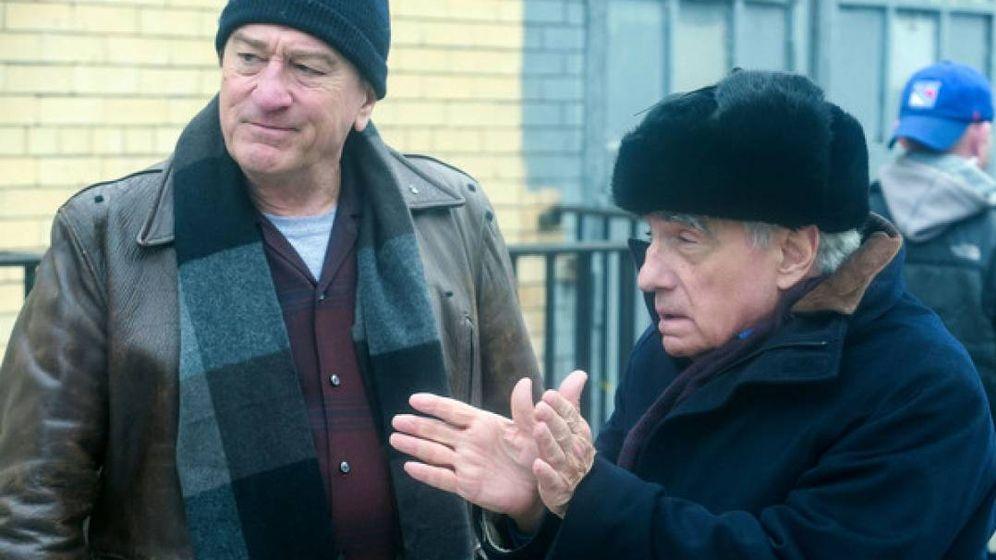 Foto: Robert De Niro y Martin Scorsese en el rodaje de 'El irlandés'. (Netflix)