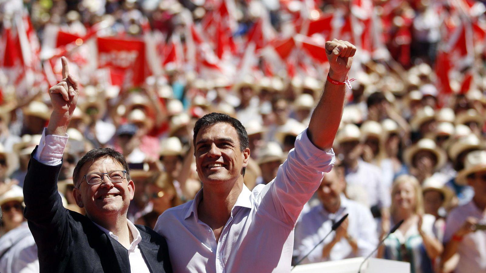 Foto: Ximo Puig y Pedro Sánchez, durante la campaña de las elecciones municipales. (EFE)