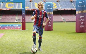 Rakitic ya ejerce como jugador del Barcelona y llevará el '4' de Cesc