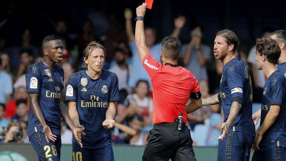 Foto: Luka Modric fue expulsado en la segunda parte del Celta-Real Madrid. (EFE)