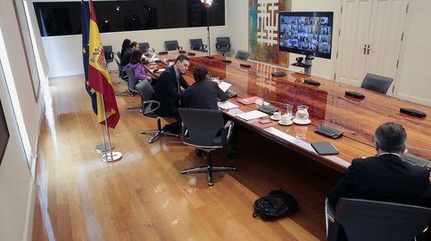 Sánchez anuncia a las CCAA 14.000 M € de liquidez y pide reforzar la atención primaria