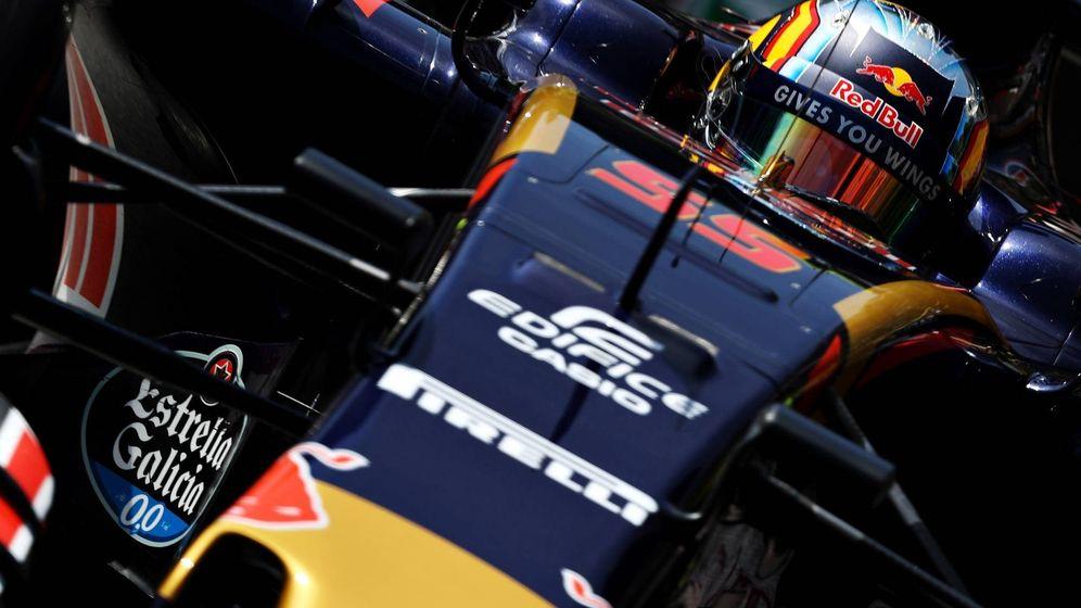 Foto: Carlos Sainz en su Toro Rosso durante 2016.