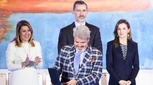 Letizia se reencuentra con Lorenzo Caprile vestida por Hugo Boss y Carolina Herrera