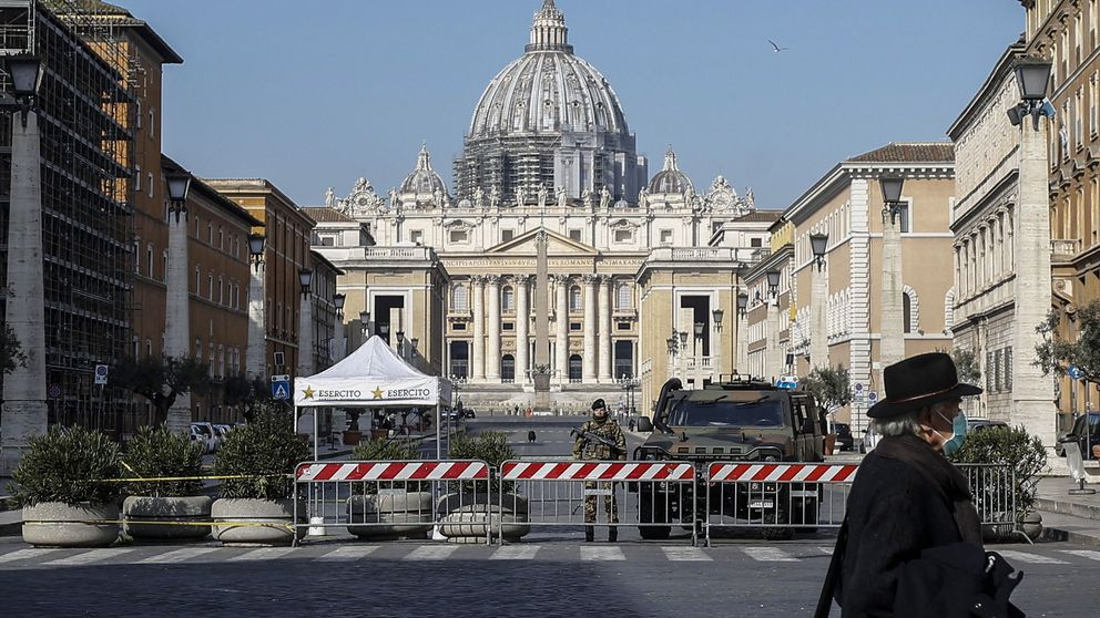 Contagios masivos en conventos de Roma: aislan 2 con 60 monjas afectadas por el virus
