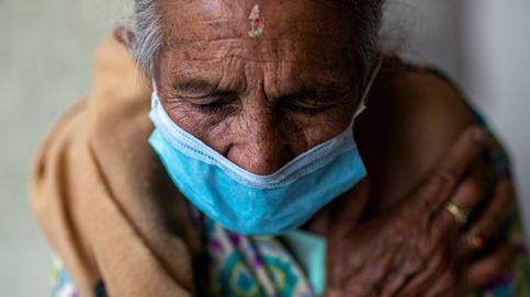 Nepal inicia la segunda fase de vacunación a ancianos