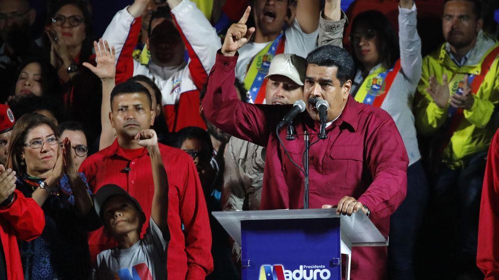 Foto: El presidente Nicolás Maduro celebra su victoria frente al Palacio de Miraflores tras ganar las elecciones. (Reuters)