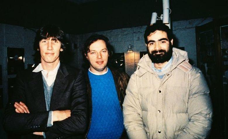 Foto: De izquierda a derecha, Roger Waters y David Gilmour (Pink Floyd) con Hugo Zuccarelli