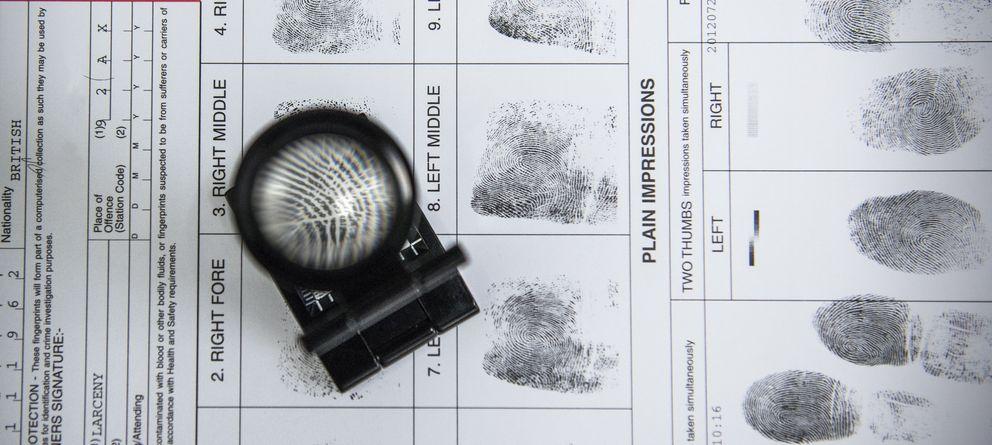 Foto: La policía usa constantemente huellas dactilares pero ¿es un método eficaz? (Corbis)