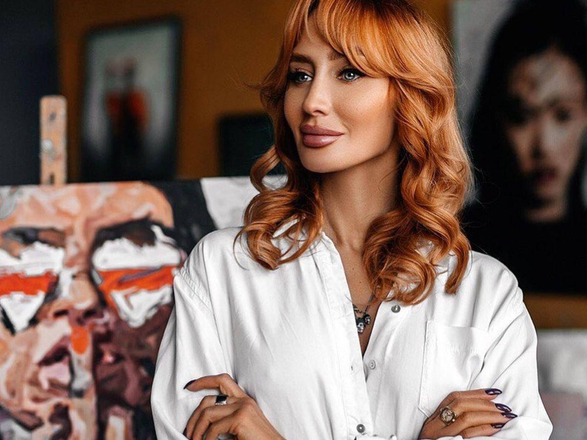 Foto: La famosa maquilladora Olga Tomina ya ha sucumbido a los labiales marrones. (Instagram @tominamakeup)