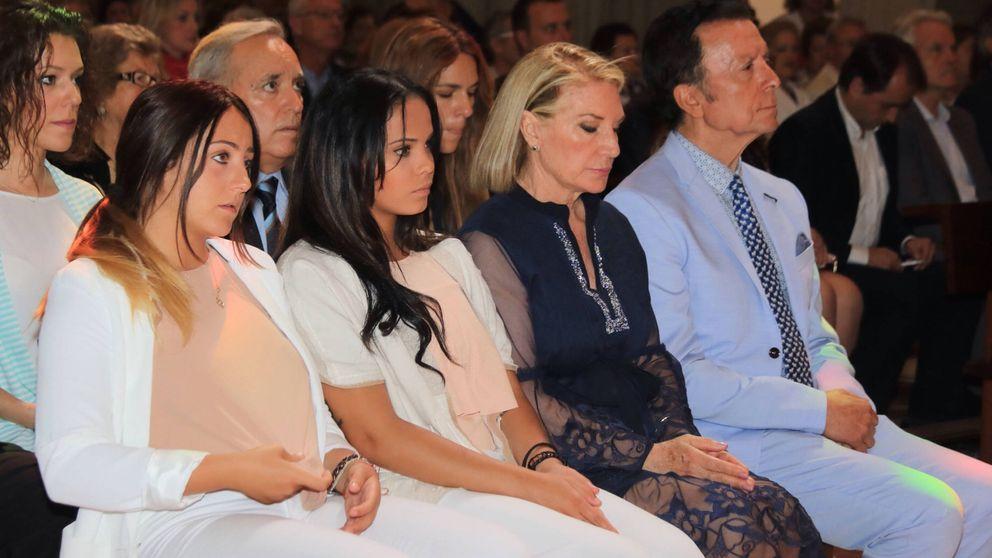 Las ausencias vuelven a protagonizar la misa por el décimo aniversario de la muerte de Rocío Jurado