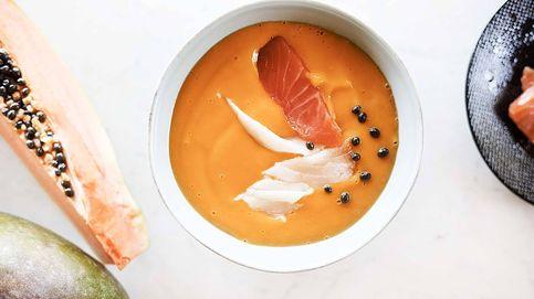 Gazpacho de mango y papaya con ahumados, curiosa crema fría tropical
