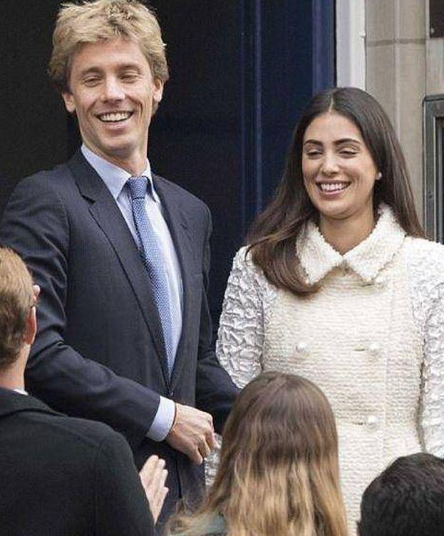 Foto: Boda civil en Londres de Sassa de Osma. (Reuters)