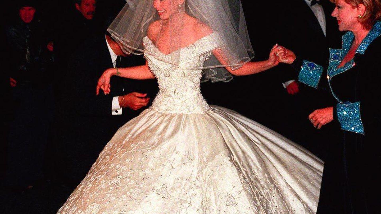 El vestido de novia de Thalía