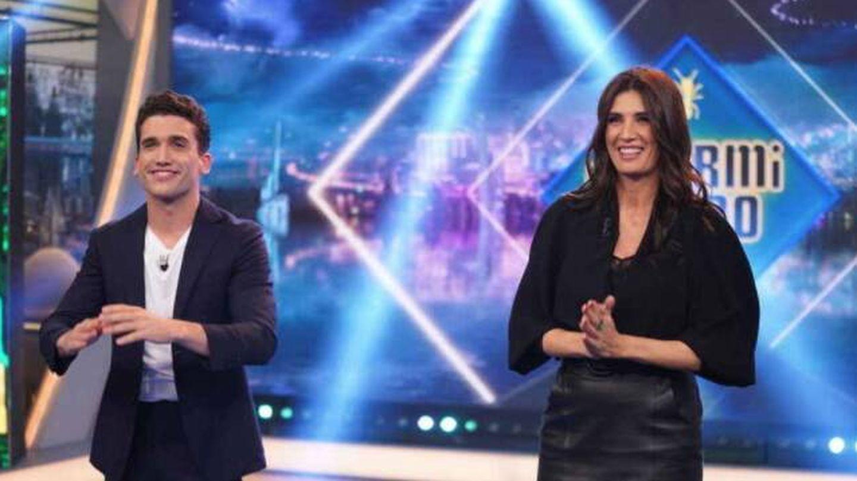 Jaime Lorente y Elia Galera, en 'El hormiguero'. (Atresmedia)