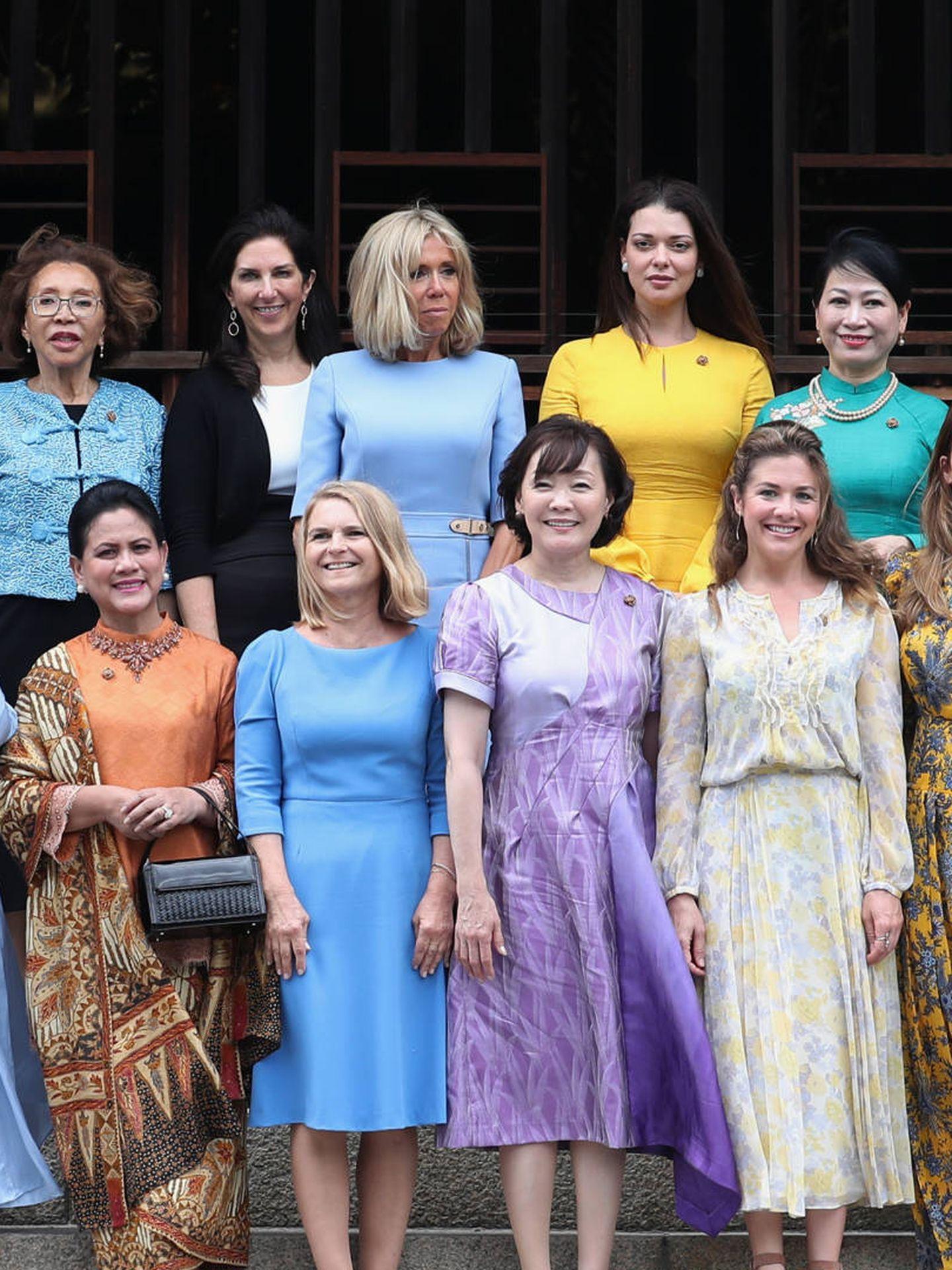 Foto de familia de consortes durante el G20 en Osaka. (Getty)