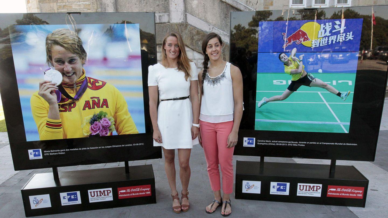 Mireia Belmonte y Carolina Marín, este jueves en Santander (EFE)