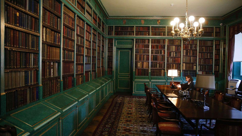 La biblioteca del palacio de Liria. (EFE)