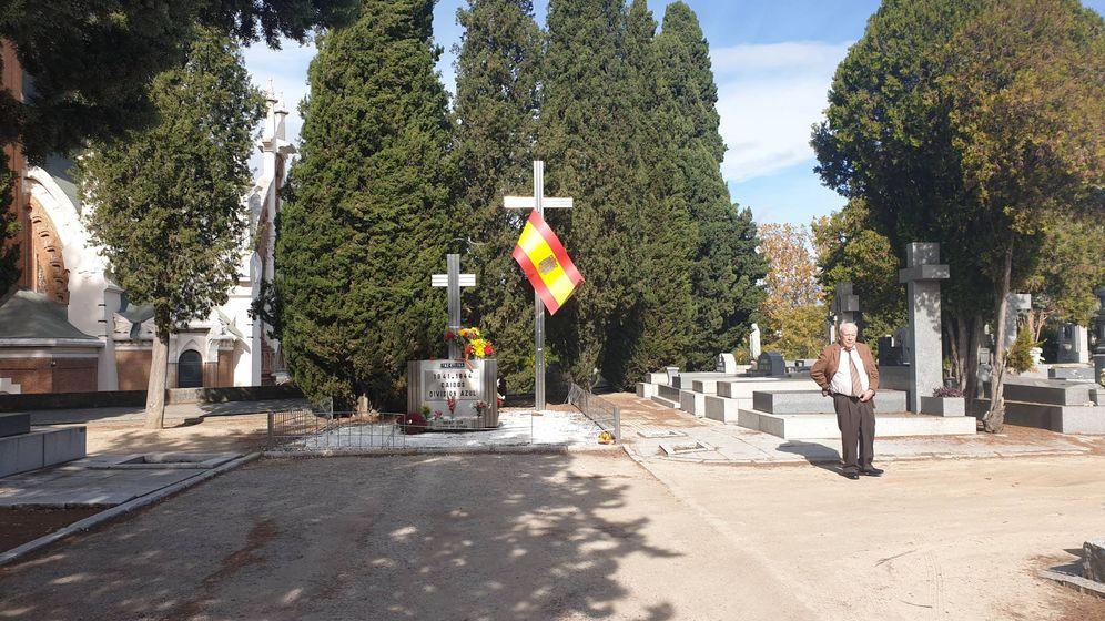 Foto: Uno de los visitantes estos días en la Almudena. (Marta Silvera)