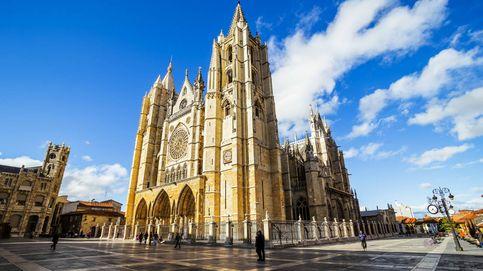 Visita León: ruta por el Barrio Húmedo, la catedral, tascas de cecina y más