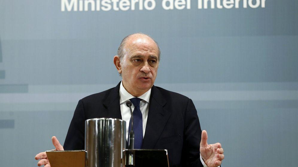 Atentados de bruselas atentados b lgica espa a reforzar for Ministro del interior espana 2016