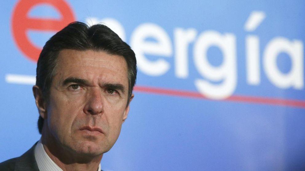 Cien mil firmas de rechazo en un día: el autoconsumo en España saca músculo