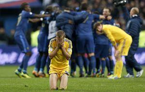Ucrania llora la eliminación y culpa al árbitro de un nuevo 'caso Henry'
