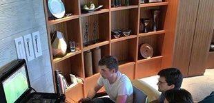 Post de El 'pique' de Carlos Sainz y Max Verstappen con el FIFA en su 'día libre'