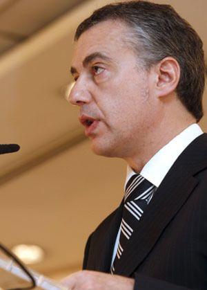 """Urkullu califica a Zapatero de """"rey del escapismo"""""""