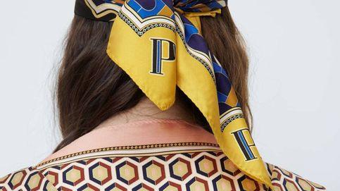Zara dice que el accesorio must-have es un pañuelo personalizado con nuestra inicial