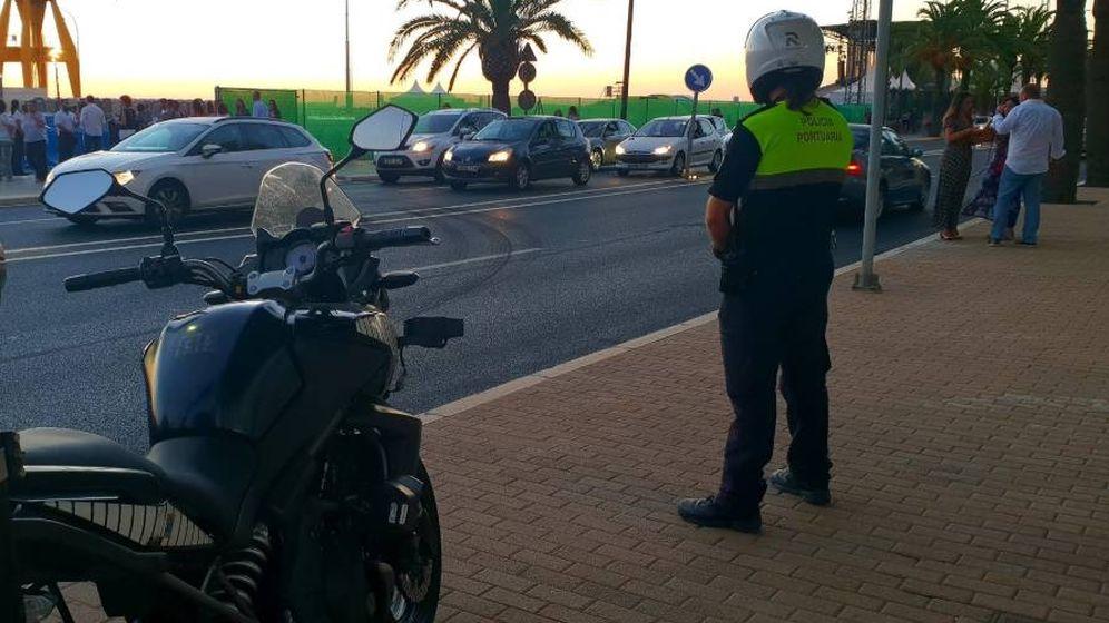 Foto: Agente de la Policía portuaria de Huelva (Policía de Huelva)