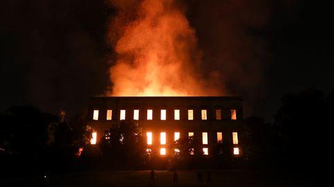Un fuerte incendio devora el Museo Nacional de Brasil: No va a quedar nada