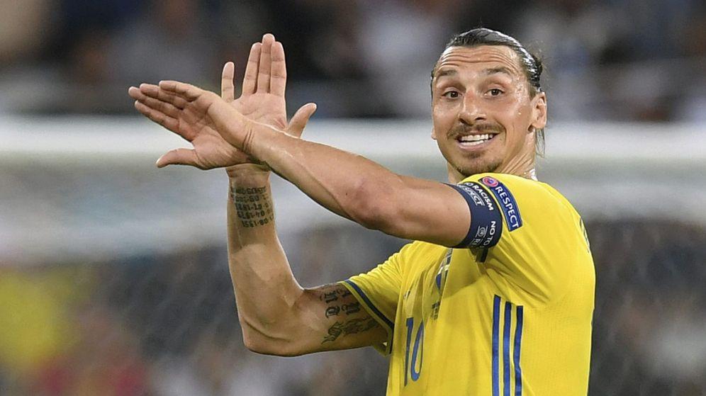Foto: Todo apunta a que Zlatan Ibrahimovic no podrá jugar el Mundial de Rusia. (EFE)