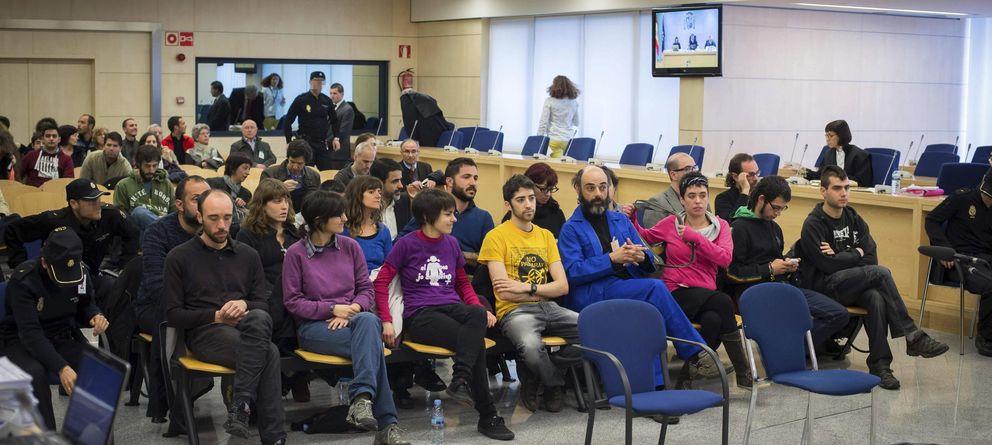 Foto: Los acusados durante el juicio (Efe)