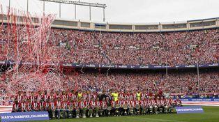 El último partido en el Calderón fue un funeral