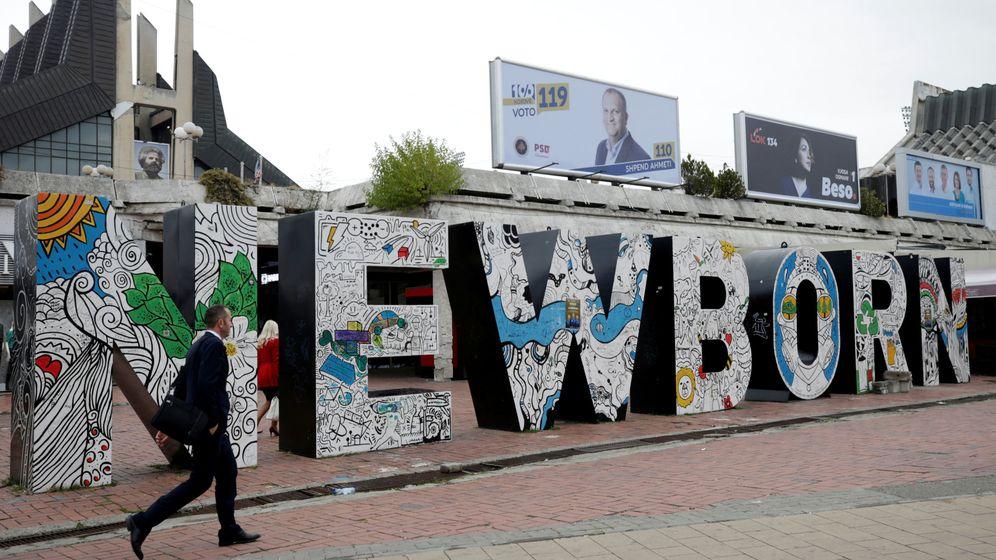 Foto: Monumento New Born en Pristina. (Reuters)