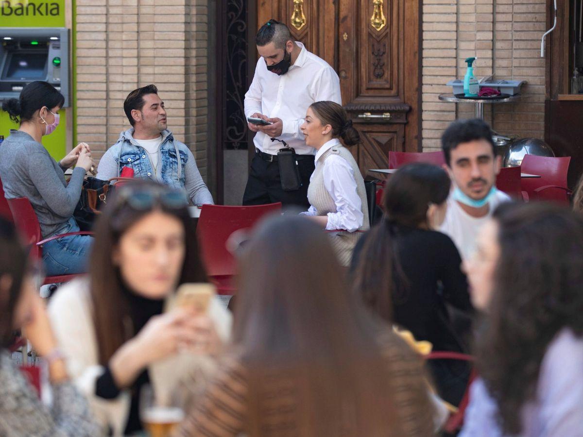 Foto: Una terraza en Murcia. (EFE)