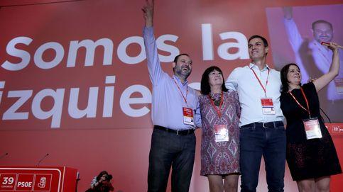Gestos de tensión e incomodidad frente a las palabras de unidad en el nuevo PSOE