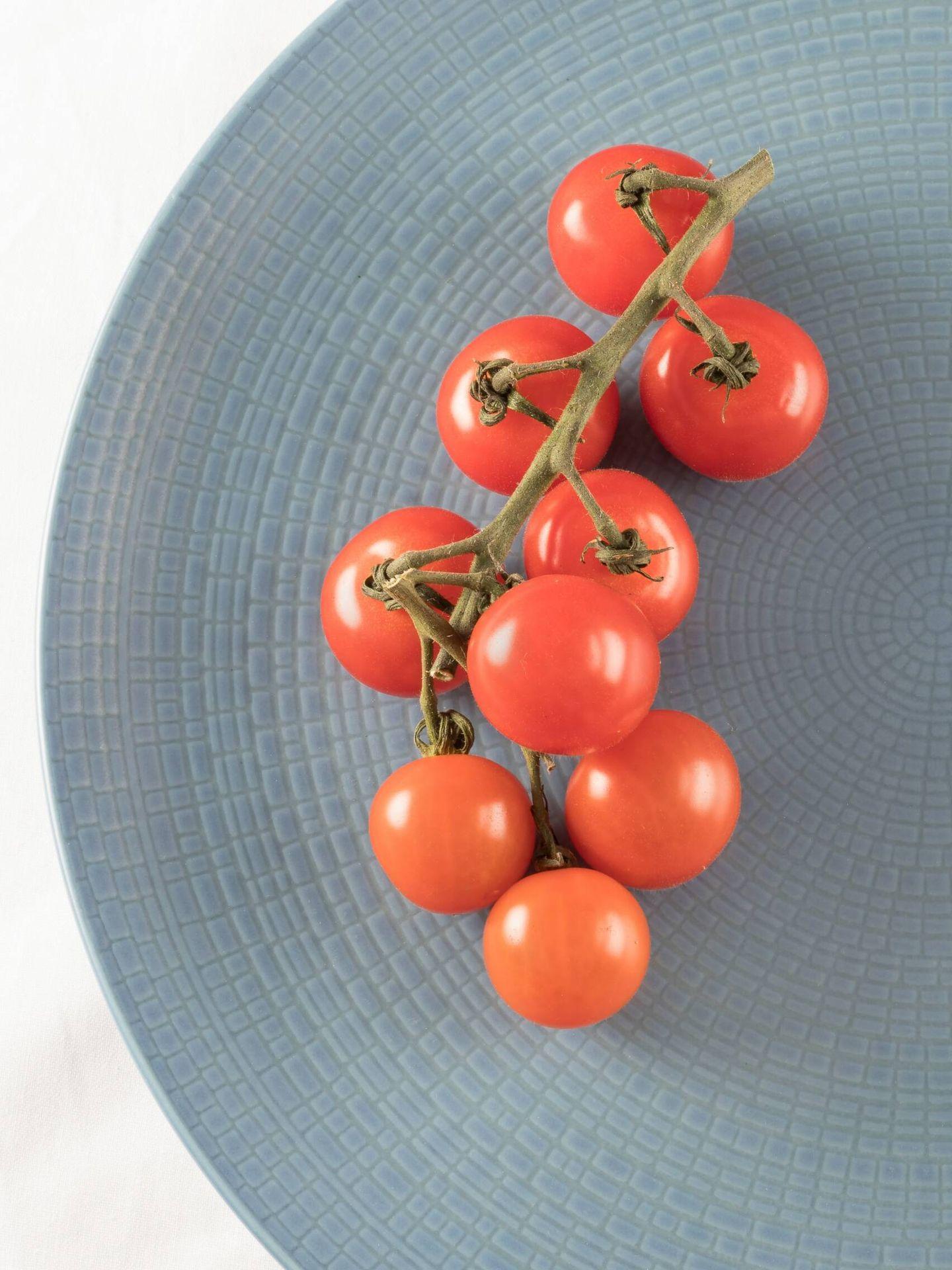 Receta saludable de tomate, provolone y pesto. (Helen Thomas para Unsplash)