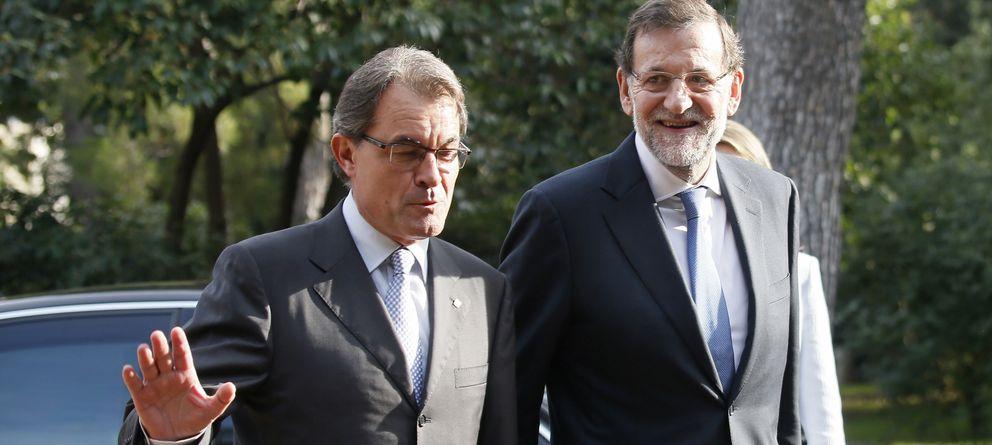 Foto: Artur Mas y Mariano Rajoy, en el Foro Económico del Mediterráneo. (Reuters)
