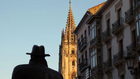 Oviedo: descubre la ciudad a través de un recorrido por sus estatuas