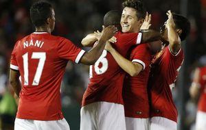 Rooney da la bendición a Ander Herrera; y Beckham y Charlton…