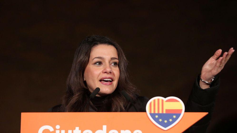Foto: Ines Arrimadas, durante uno de los últimos actos de su campaña. (Reuters)
