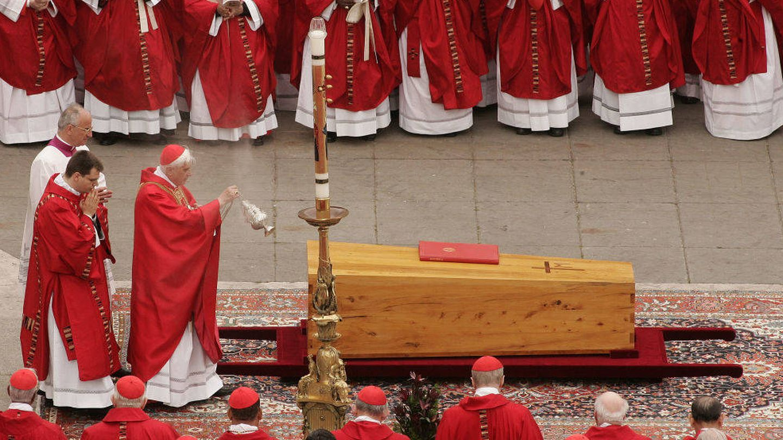 El multitudinario adiós a Juan Pablo II. (Getty)