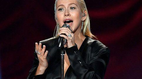 Aguilera homenajea a Whitney Houston en los AMA, pero no gusta a todos